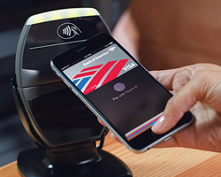 apple-pay-designboomth1